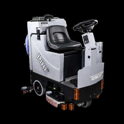 TOMCAT USA - מכונת שטיפה רכובה לעבודה מאומצת